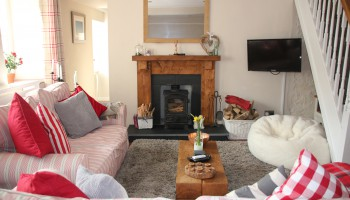 The cosy cottage living room